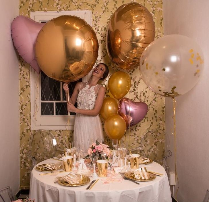 Folienballons in Gold und Rosa